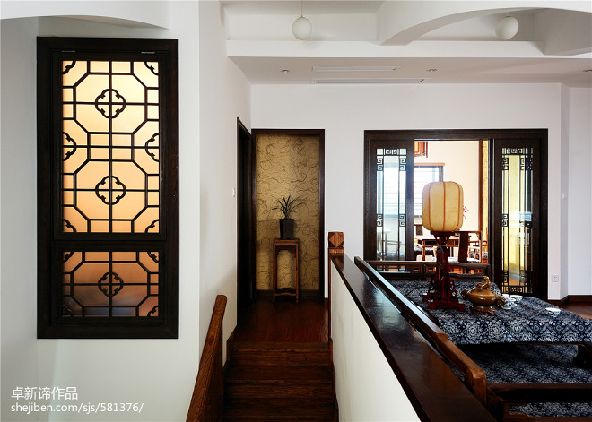 中式复式公寓楼梯装修设计