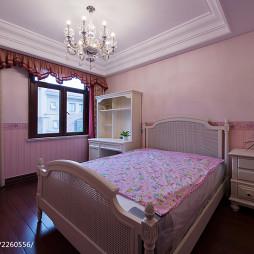美式别墅卧室衣柜设计