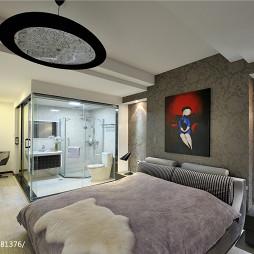 现代四居卧室与浴室隔断装修设计