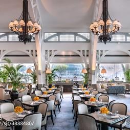西餐厅就餐区吊顶装修效果图