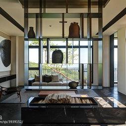 四居室现代客厅博古架设计