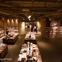 书店书柜装修设计