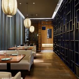 高级酒店餐厅博古架隔断墙设计效果图