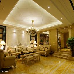 现代奢华欧式风客厅吊顶装修设计