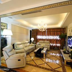低调奢华新古典客厅装修设计