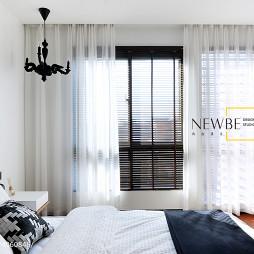 简约现代风格卧室阳台装修设计