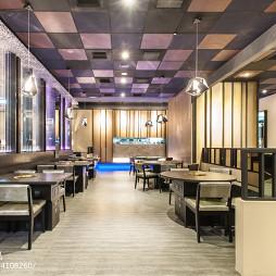 混搭中餐厅就餐区吊顶装修设计