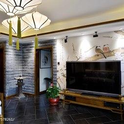 三居中式客厅背景墙设计