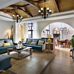 别墅美式客厅吊顶装修设计