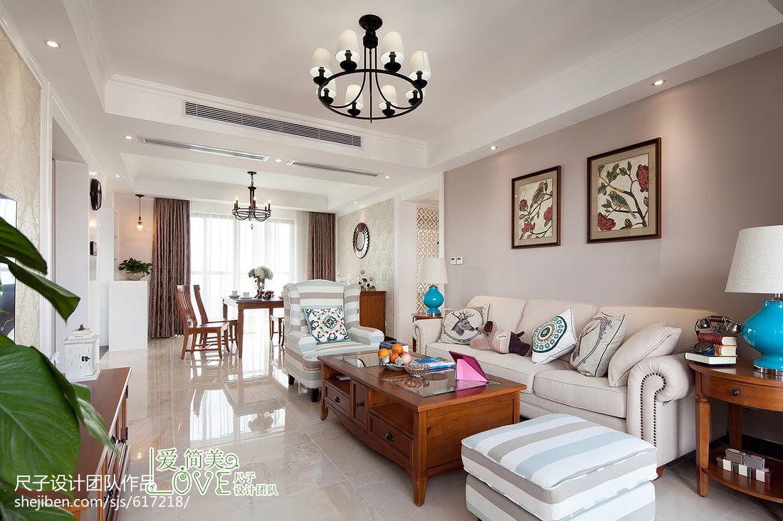现代美式客厅吊顶装修图片