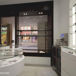 眼镜专卖店展示柜设计效果图