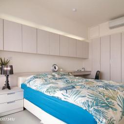 简约现代风格卧室衣柜设计