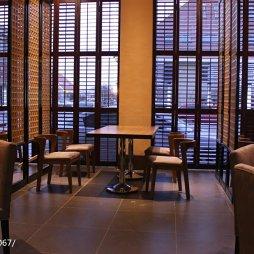 中餐厅窗户设计
