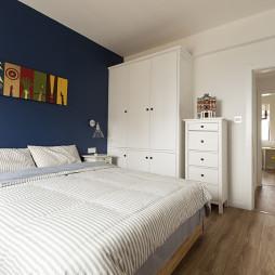 小户型欧式卧室衣柜设计