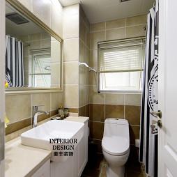 简约美式卫生间整体浴柜装饰效果图