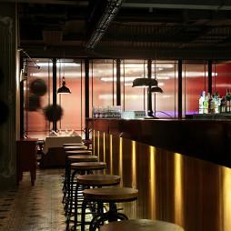 西餐酒吧吧台装修设计
