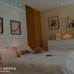 复式现代卧室背景墙效果图
