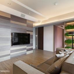 現代客廳電視墻裝修設計圖