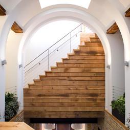 最新小跃层楼梯效果图片