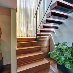 最新小跃层楼梯效果图欣赏