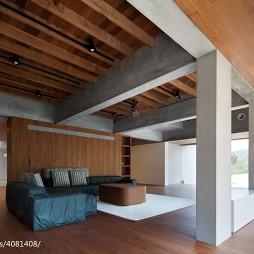 现代客厅隔断装修图
