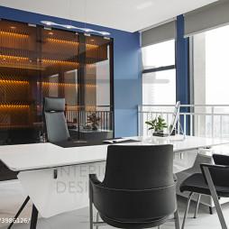 公装办公楼总监办公桌设计