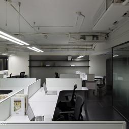 贸易办公室隔断办公桌装修效果图
