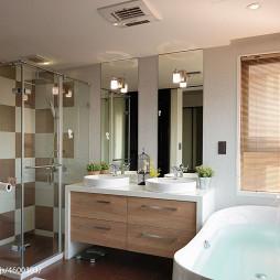 混搭风卫生间浴柜装修图片