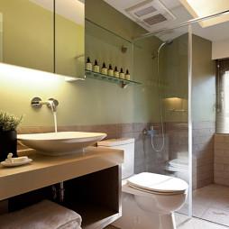 美式风格卫生间玻璃置物架装修设计