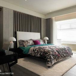 67坪坪住宅混搭卧室背景墙设计