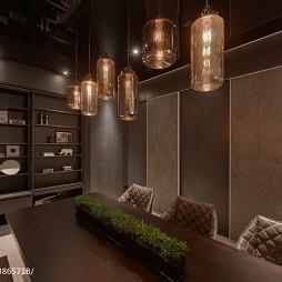 二居室现代餐厅博古架装修设计