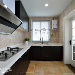 复式楼美式厨房装修设计