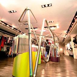 专卖店吊顶设计