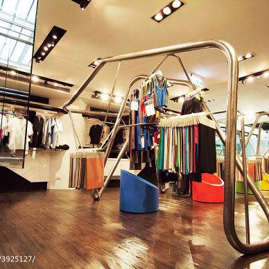 服装专卖店展架设计