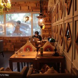 咖啡厅窗户设计