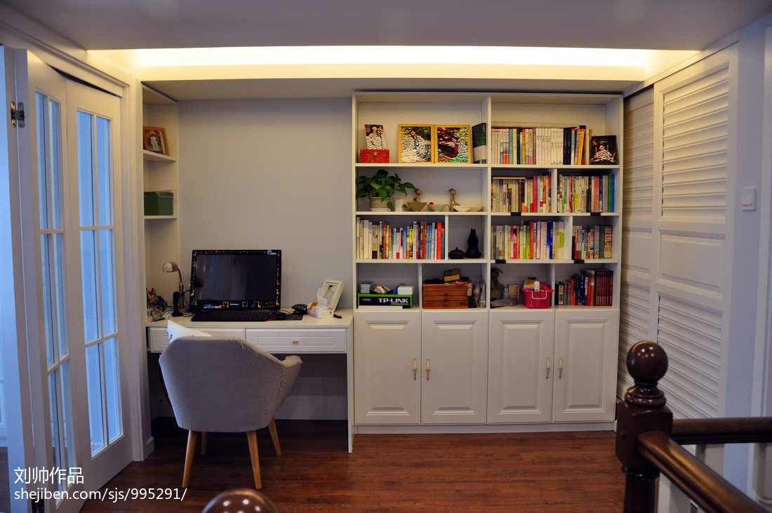 小户型美式书房装修设计