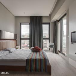 混搭简约卧室落地窗设计