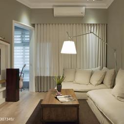 美式生活宅客厅窗帘装修设计