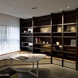 现代风住宅书房地台设计