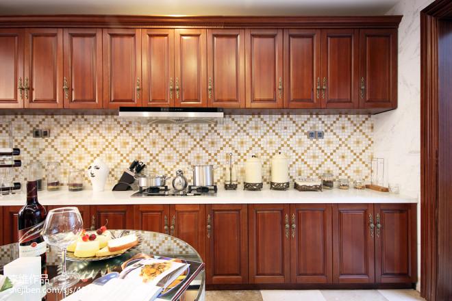 欧式别墅厨房装修图片