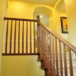 别墅美式风格楼梯设计