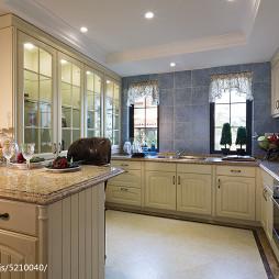 别墅美式厨房贴砖装修图片
