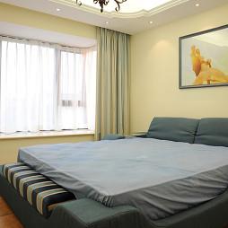 地中海风格卧室窗帘效果图