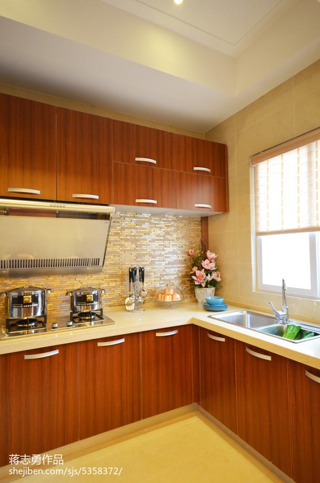 美式厨房整体橱柜样板房设计