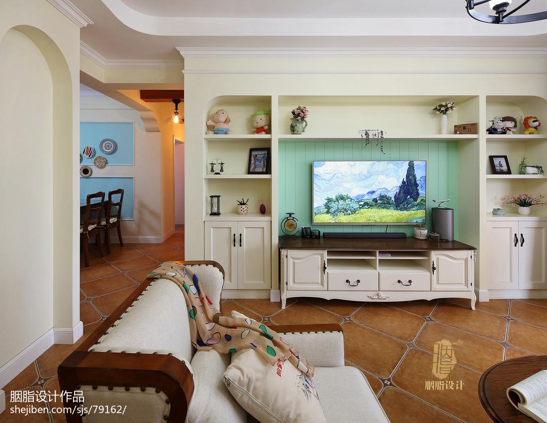 清新混搭客厅电视背景墙效果图