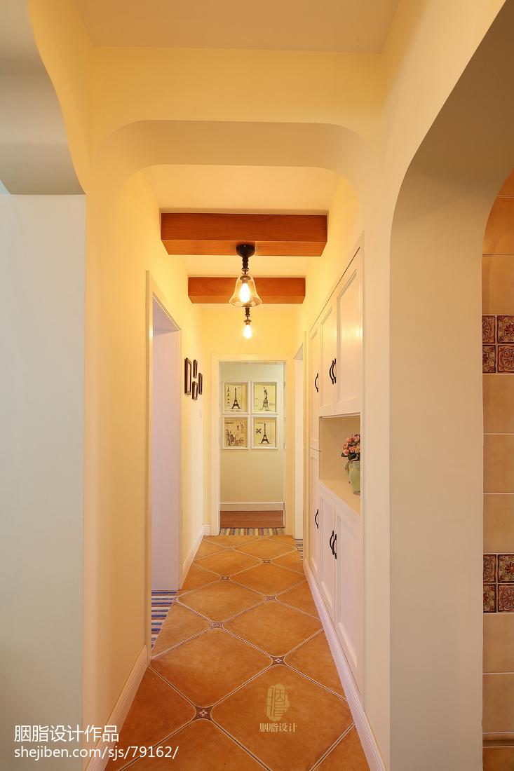 混搭风格过道壁柜装修设计