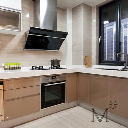 简单现代厨房设计