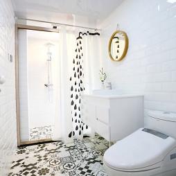 现代简约卫生间瓷砖拼花装修效果图
