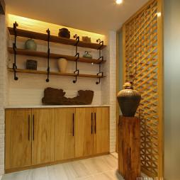 现代风格玄关柜装修设计