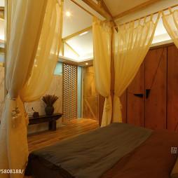 现代卧室床帘装修图片
